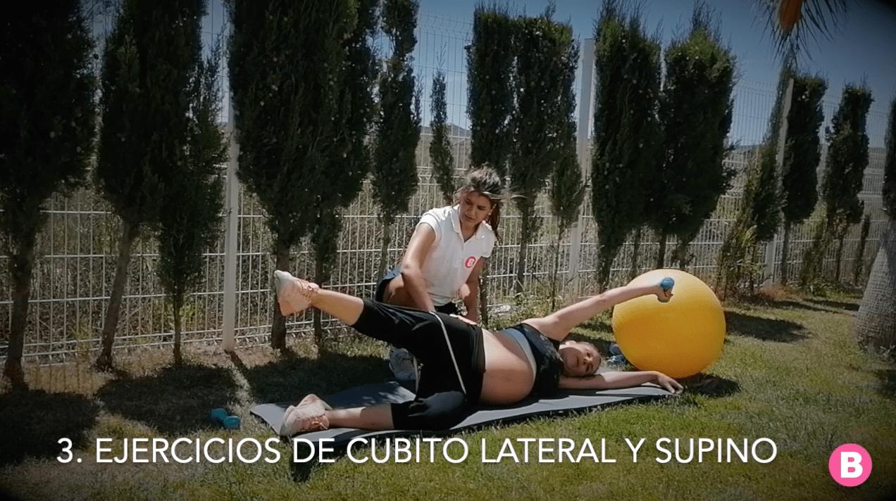 Ejercicios de cubito lateral y supino para embarazadas